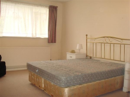 1 bed flat to rent in Chetwynd Road, London