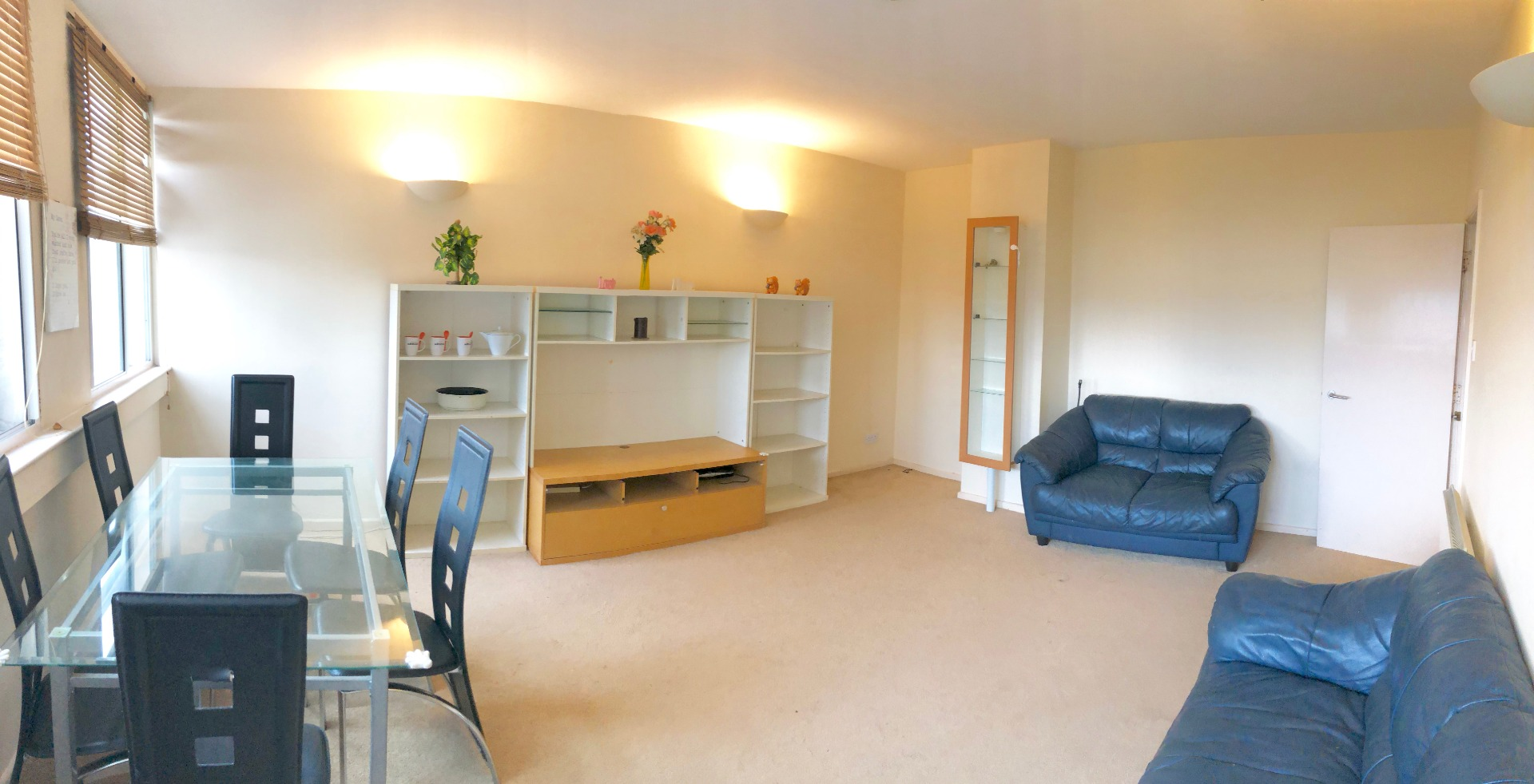 2 bed Flat to rent on Fitzroy Court - Property Image 1