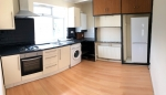 2 bed Flat to rent on Lyndhurst Avenue  - Property Image 5