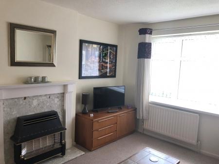 2 bed house to rent in Bradford - Poplars Farm