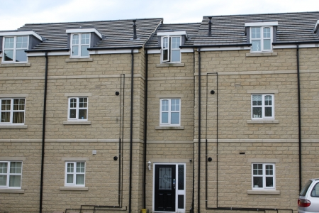 2 bed apartment to rent in Woolcombers Way - Tyersal