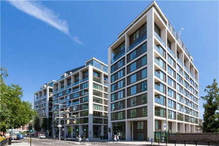 Selection of Apartments to rent on Kensington High Street