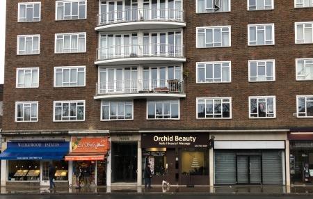 3 bed Flat for sale on Kenbrook House, Kensington High Street