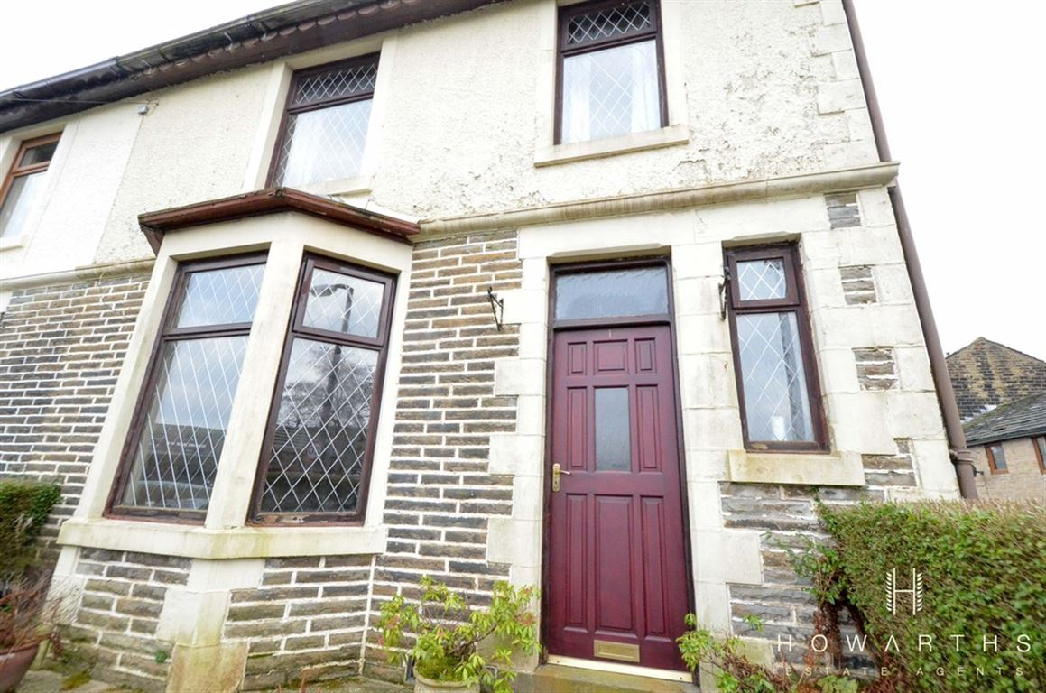 3 bed House for sale on Greensnook Lane, Bacup - Property Image 1