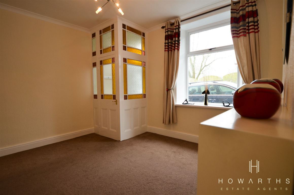 3 bed House to rent on Gordon Street, Bacup - Property Image 1
