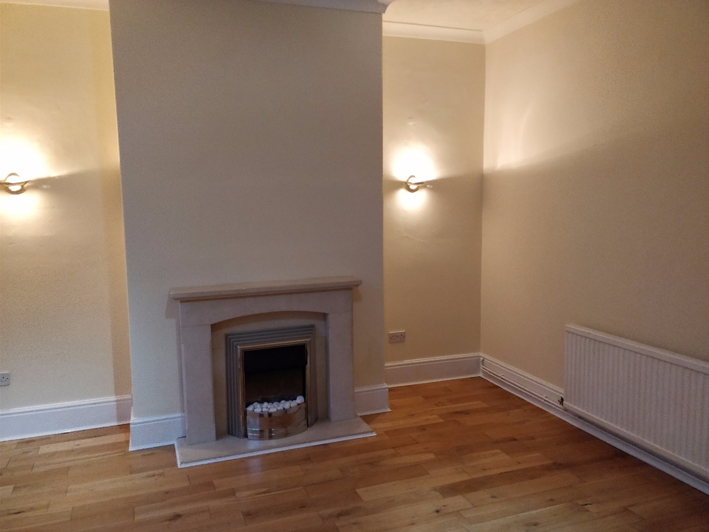 2 bed House to rent on Clyde Road, Radcliffe - Property Image 1