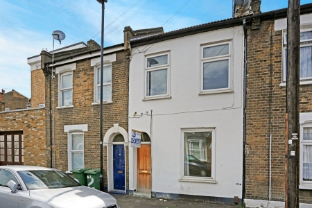 3 bed House for sale on Braemar road