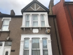 1 bed Flat to rent on Aldborough Road South - Property Image 1
