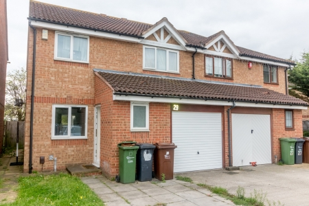 4 bed House for sale on Clemence road, dagenham, essex