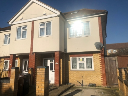4 bed House to rent on Surrey Road
