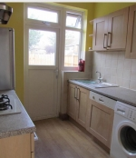 3 bed House to rent on Chadwell Heath - Property Image 9