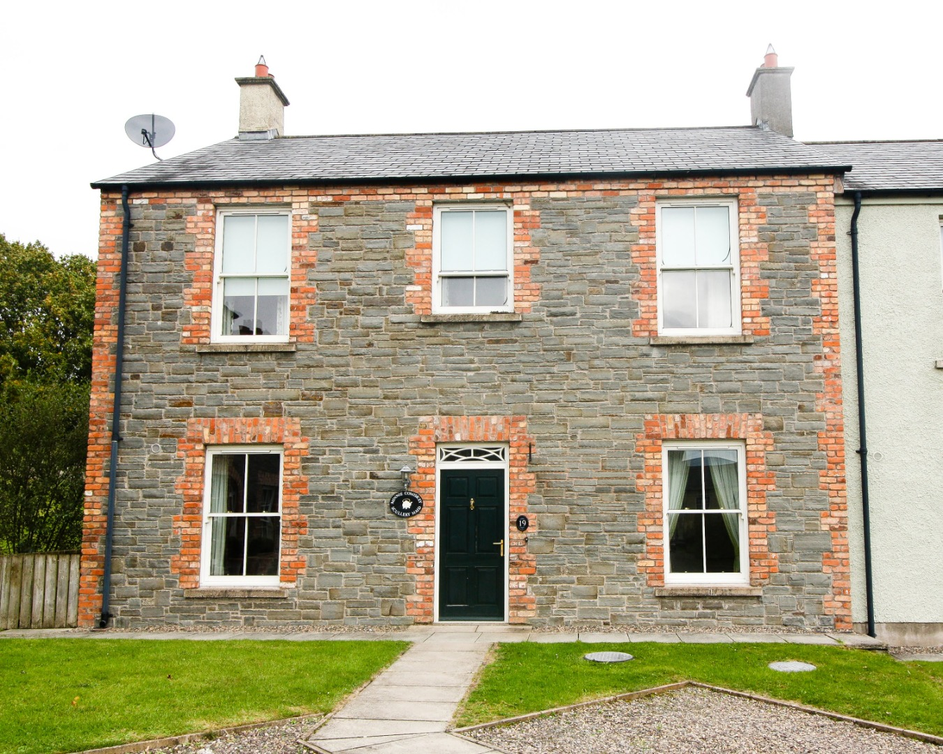 4 bed End of Terrace for sale on No.19 Village Square, Glaslough, Co. Monaghan - Property Image 1