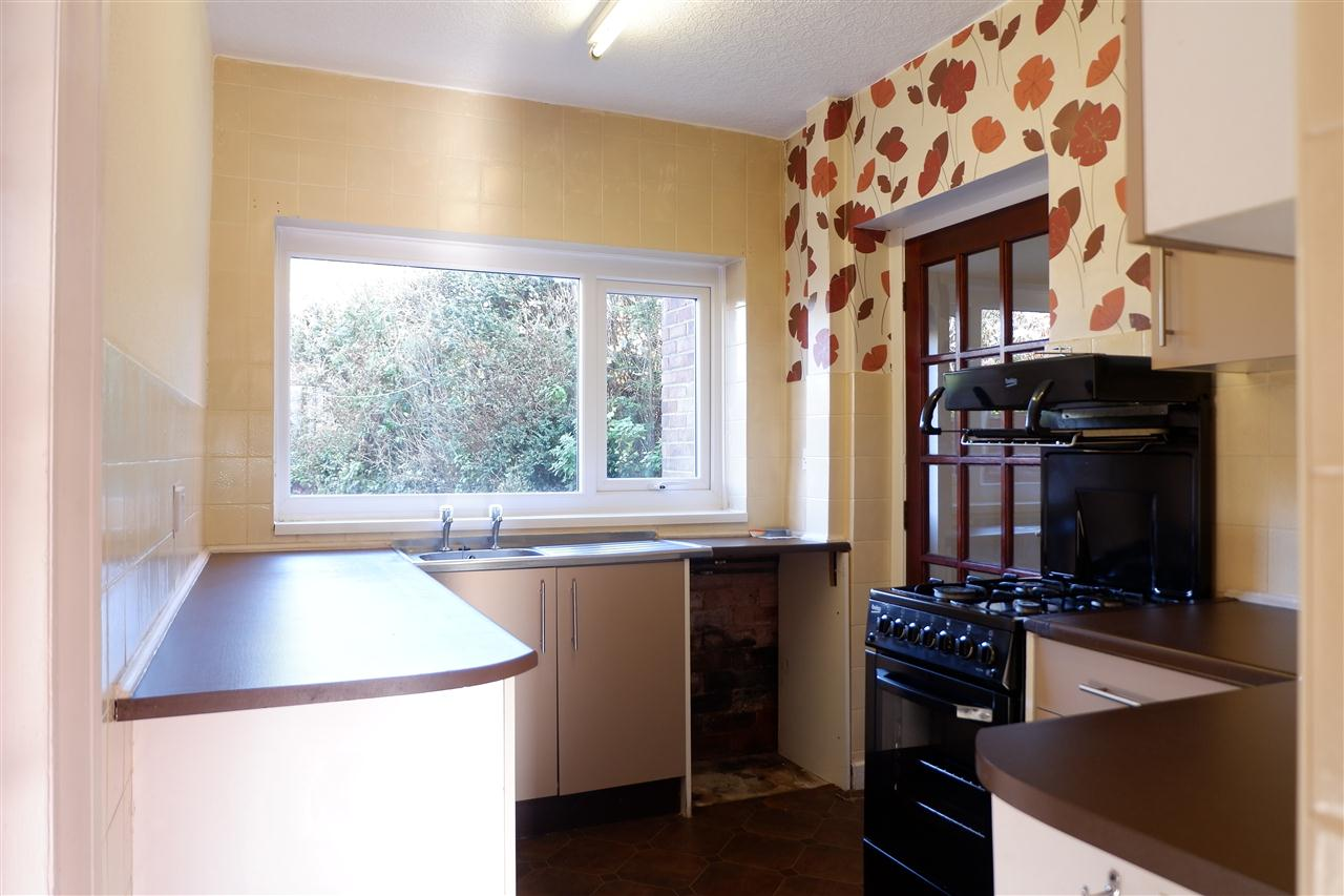 3 bed semi-detached to rent in Shawes Drive, Anderton, Chorley 6