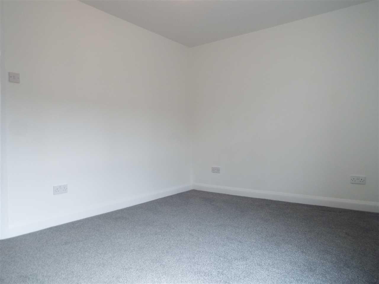 2 bed terraced for sale in Park Road, Adlington 12