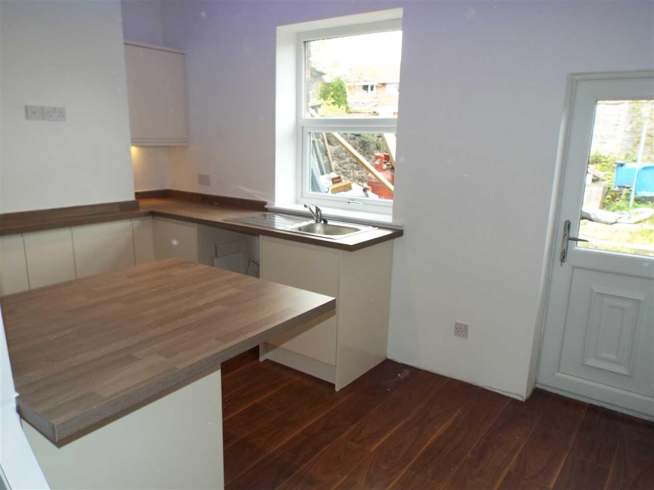 2 bed terraced for sale in Park Road, Adlington 7
