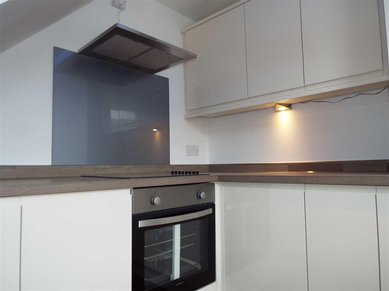 2 bed terraced for sale in Park Road, Adlington 9
