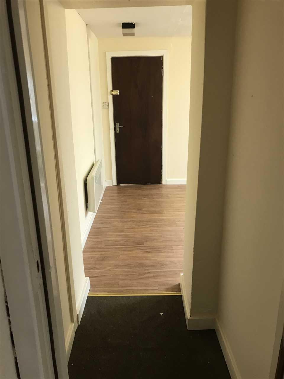 Studio to rent in Above Shop, 166 Chorley Road, adlington 5