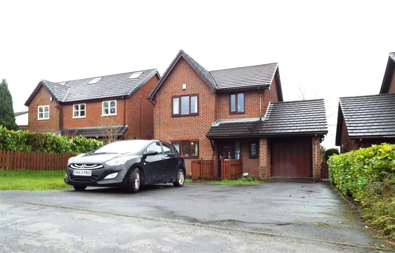3 bed detached to rent in Bolton Road, Anderton, PR6
