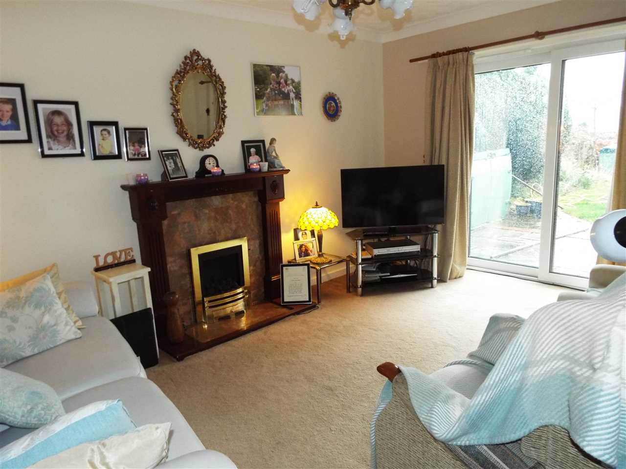 3 bed detached to rent in Bolton Road, Anderton 3