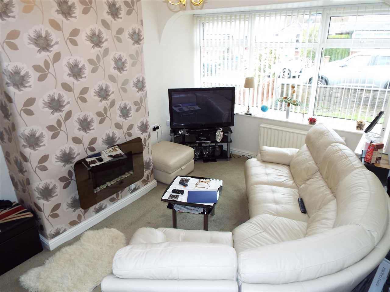 2 bed semi-detached to rent in Rothwell Road, Anderton 2