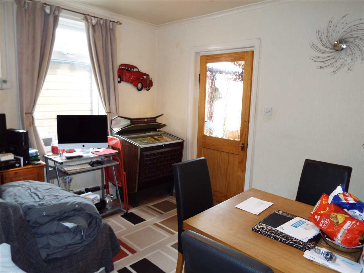 2 bed semi-detached to rent in Rothwell Road, Anderton 5