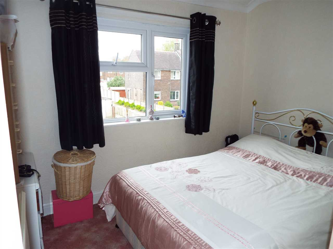2 bed semi-detached to rent in Rothwell Road, Anderton 9