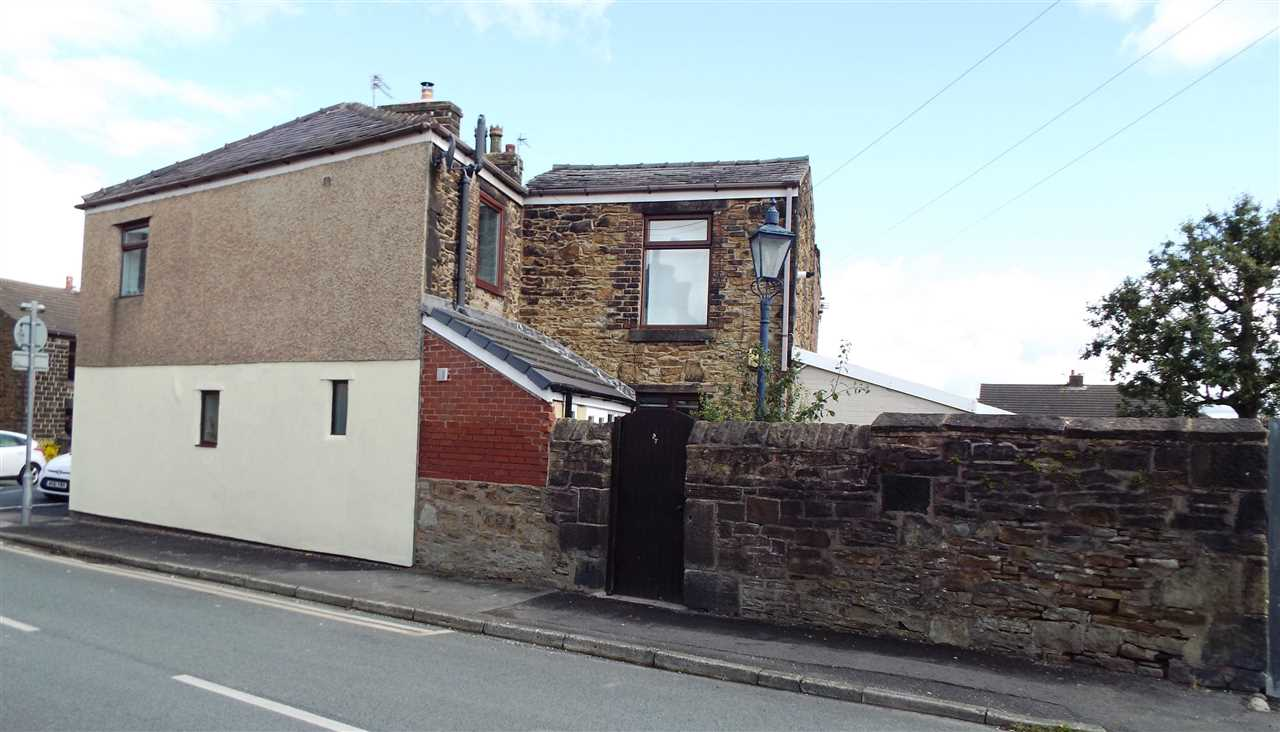 3 bed end-of-terrace for sale in Park Road, Adlington, Adlington 17