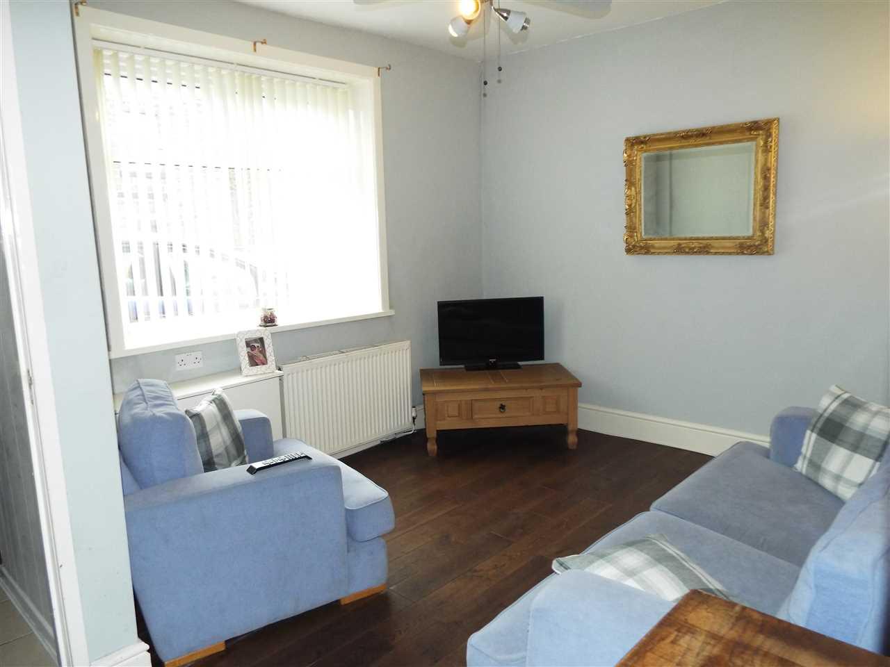 3 bed end-of-terrace for sale in Park Road, Adlington, Adlington 4