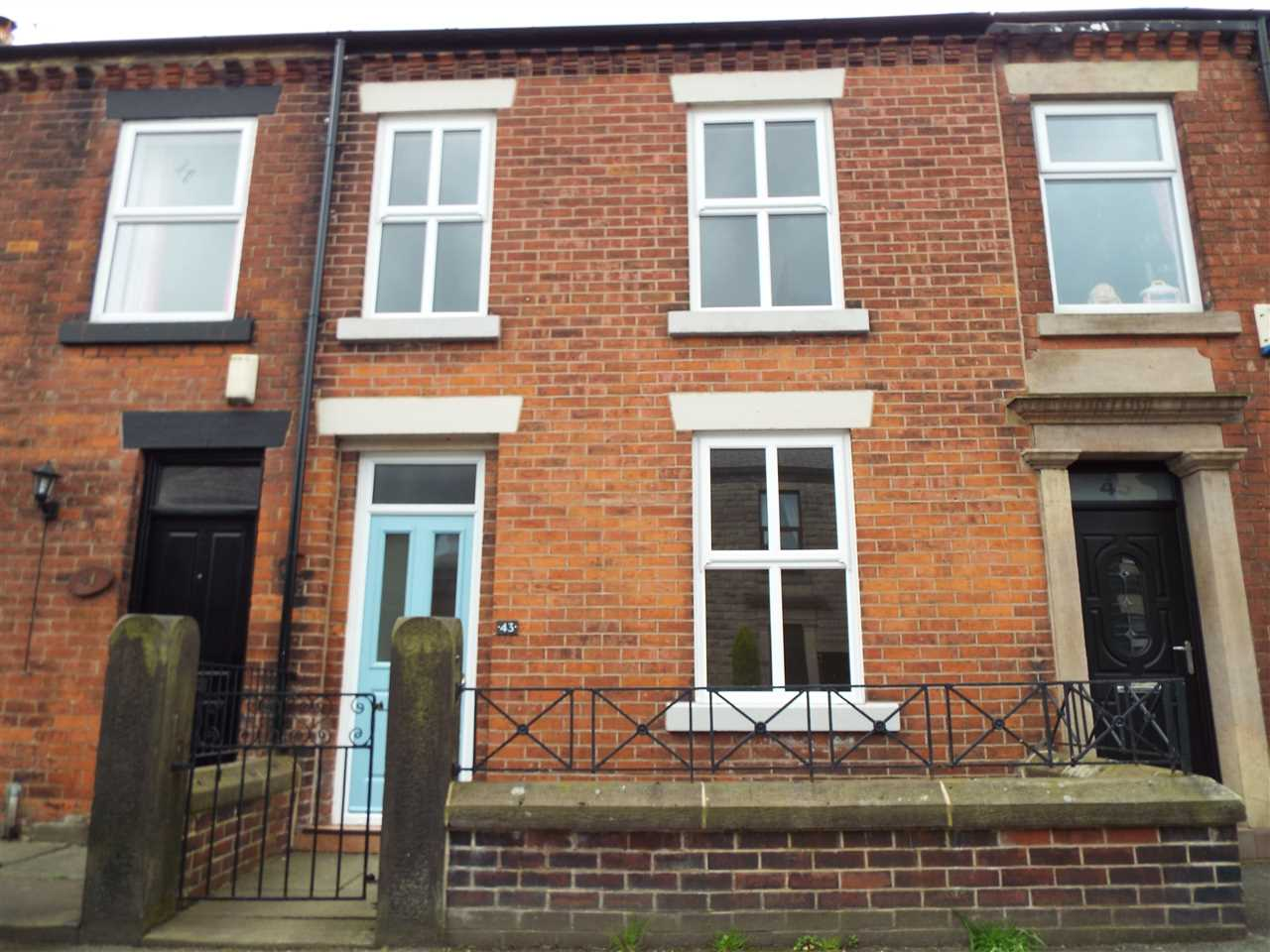 3 bed terraced to rent in Park Road, ADLINGTON - Property Image 1