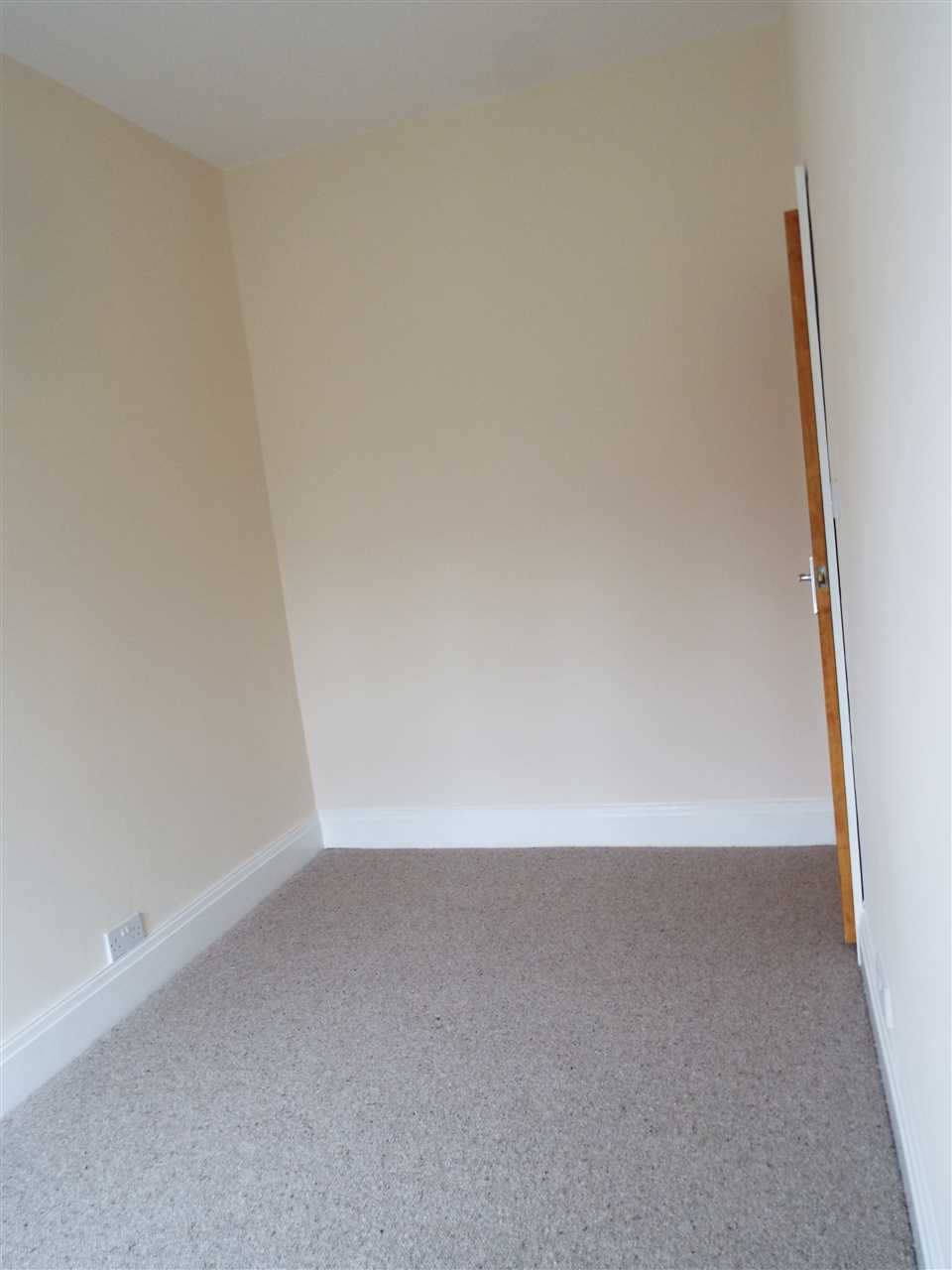 3 bed terraced to rent in Park Road, ADLINGTON 18
