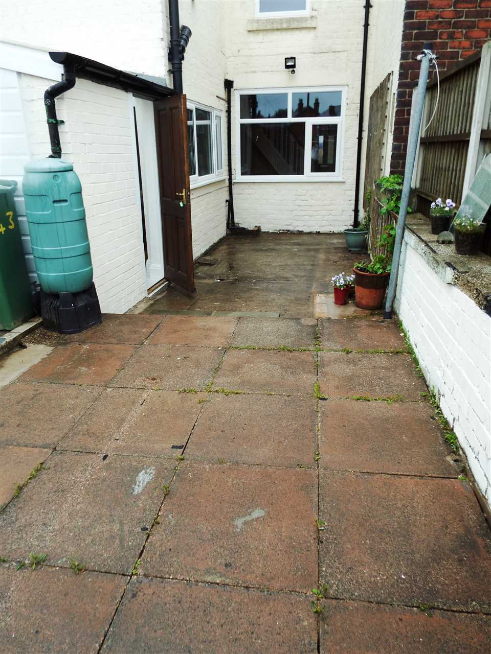 3 bed terraced to rent in Park Road, ADLINGTON 20