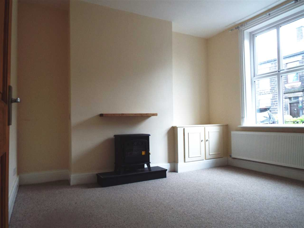 3 bed terraced to rent in Park Road, ADLINGTON 4