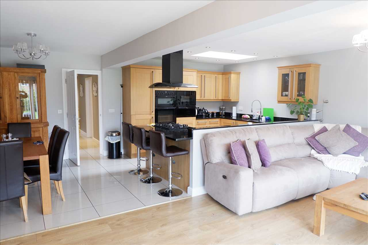 4 bed bungalow to rent in Abbey Grove, Adlington 4