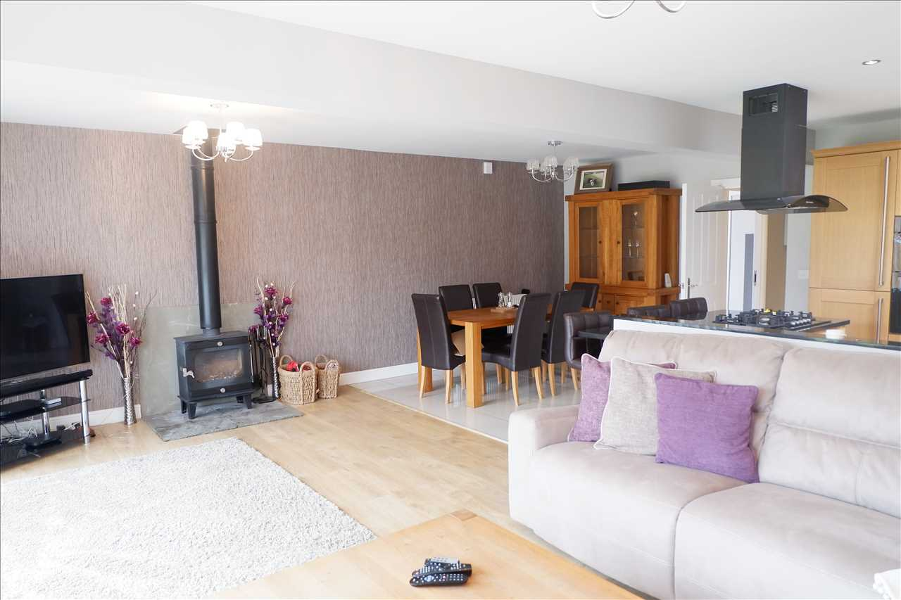 4 bed bungalow to rent in Abbey Grove, Adlington 5