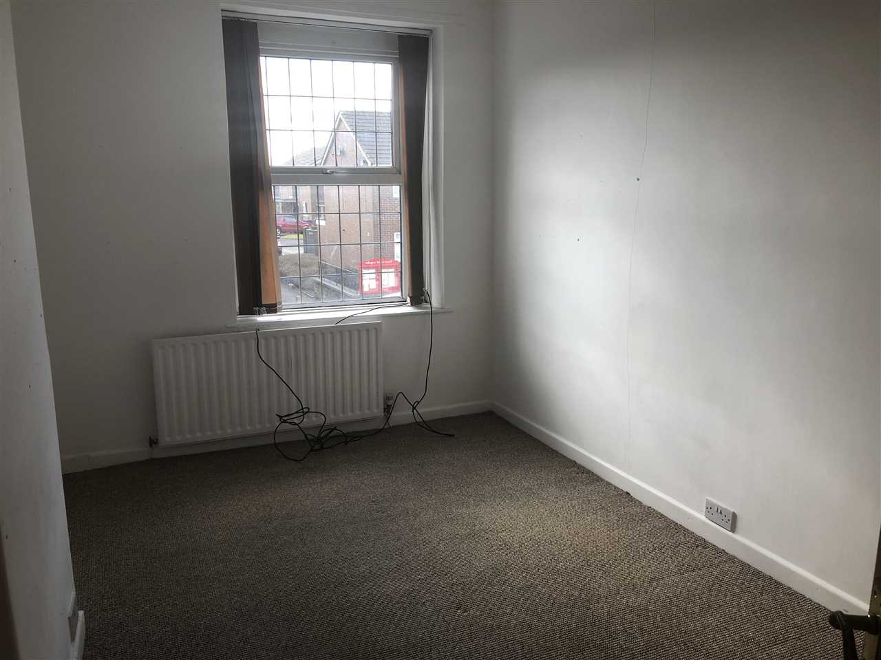 3 bed terraced for sale in Chorley Road, Adlngton 7
