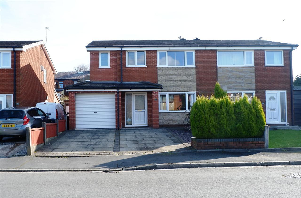 4 bed semi-detached for sale in Thirlmere Close, Adlington, Adlington - Property Image 1