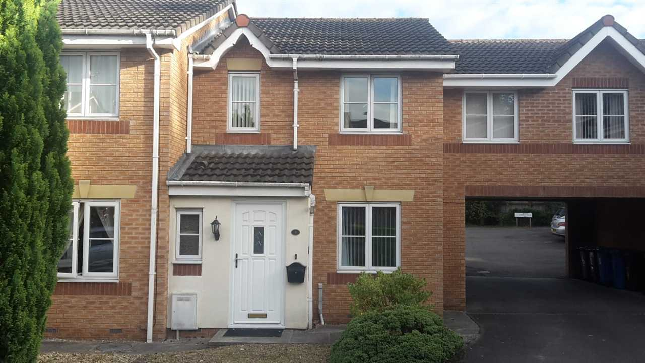 2 bed mews to rent in Rosewood Close, CHORLEY, PR7