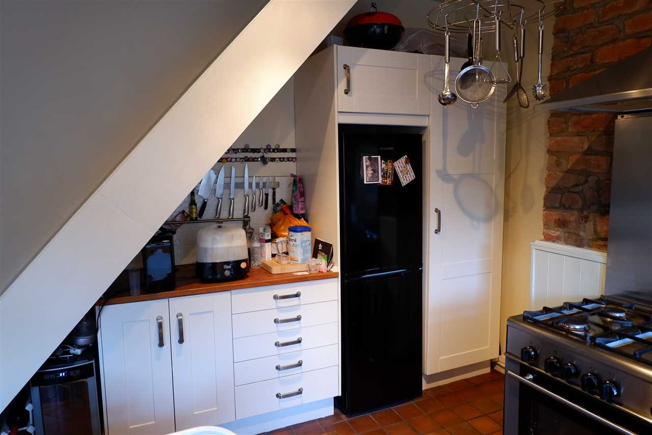 2 bed terraced to rent in Martin St, Edgworth 6