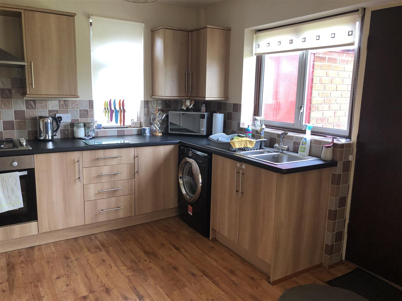 3 bed detached to rent in Highbank, Long Lane, Heath Charnock 8