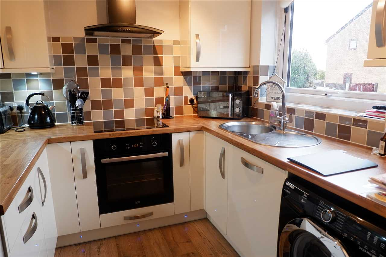 2 bed mews for sale in Pilling Close, Chorley 17