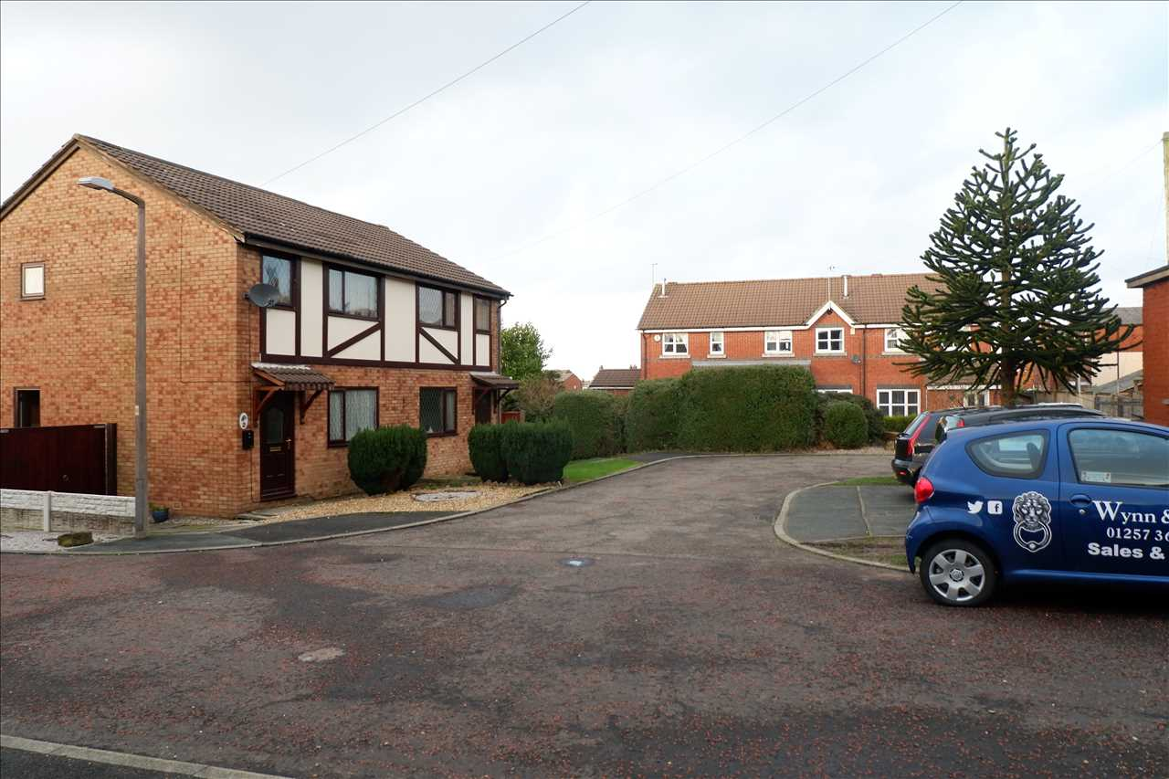 2 bed mews for sale in Pilling Close, Chorley 4