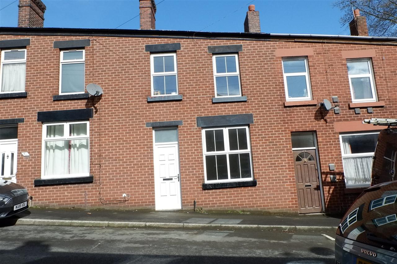 3 bed terraced to rent in Trafalger Street, Chorley - Property Image 1