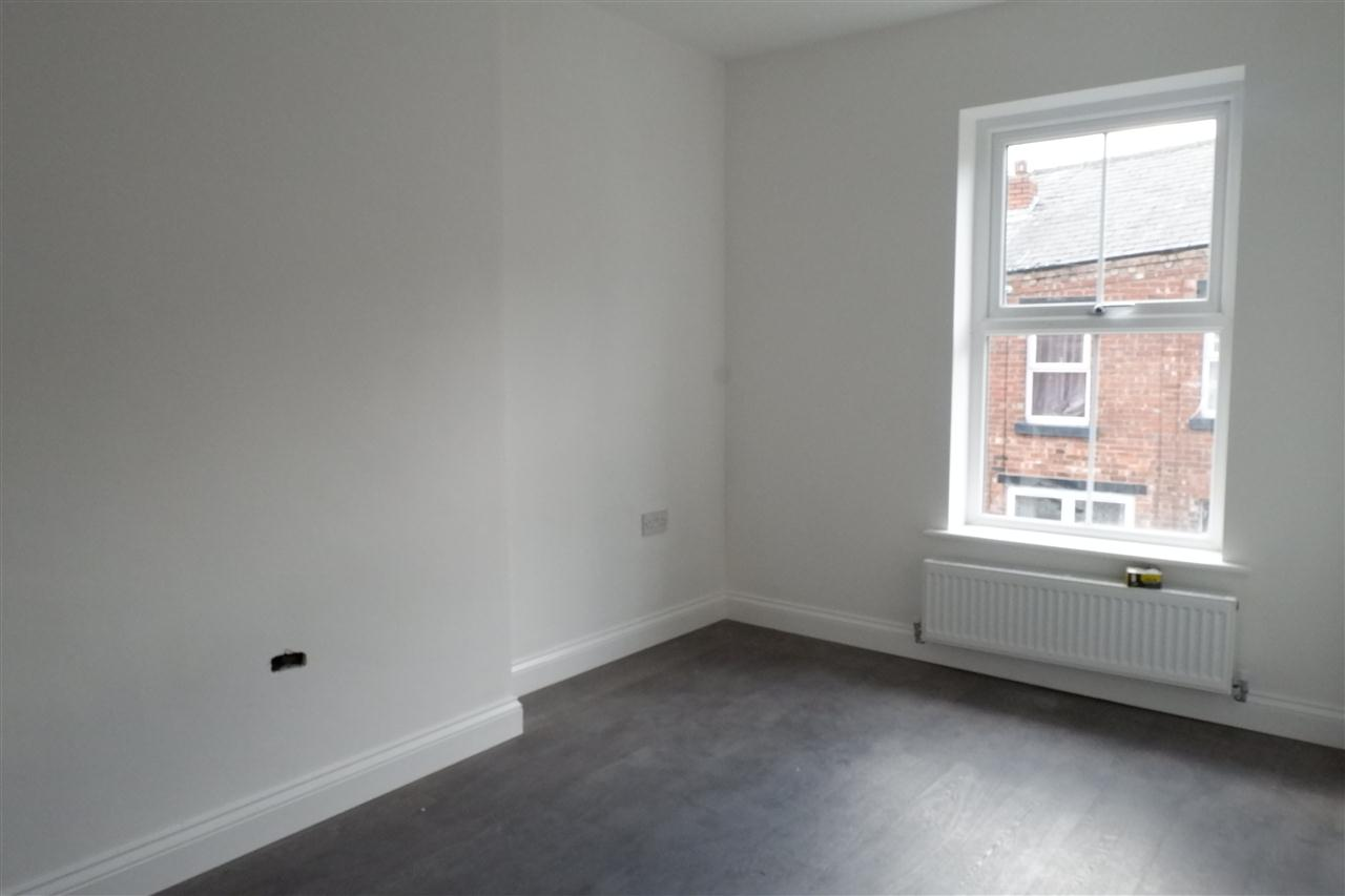 3 bed terraced to rent in Trafalger Street, Chorley 9