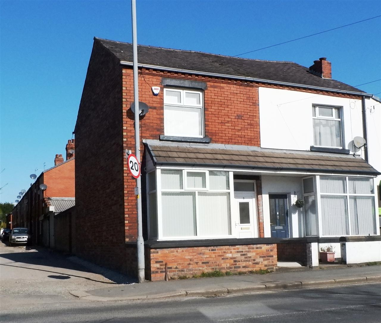 3 bed end-of-terrace for sale in Mason St, Horwich, BL6