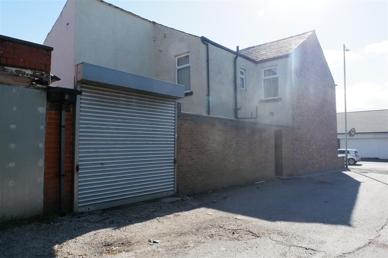 3 bed end-of-terrace for sale in Mason St, Horwich 2