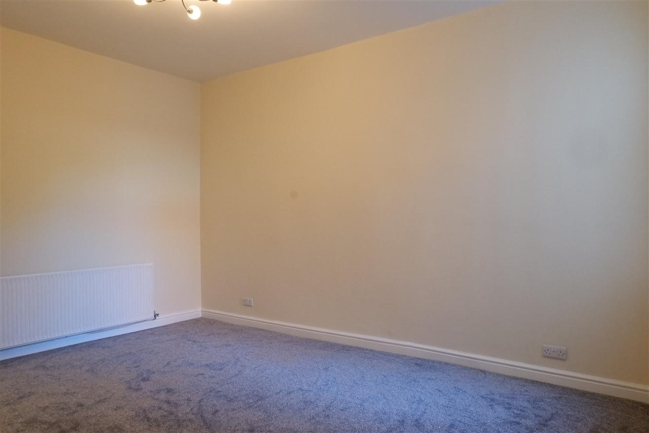 3 bed end-of-terrace for sale in Mason St, Horwich 7