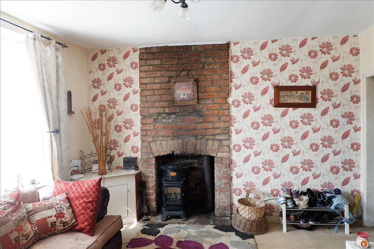2 bed end of terrace for sale in Chorley Road, Adlington 3