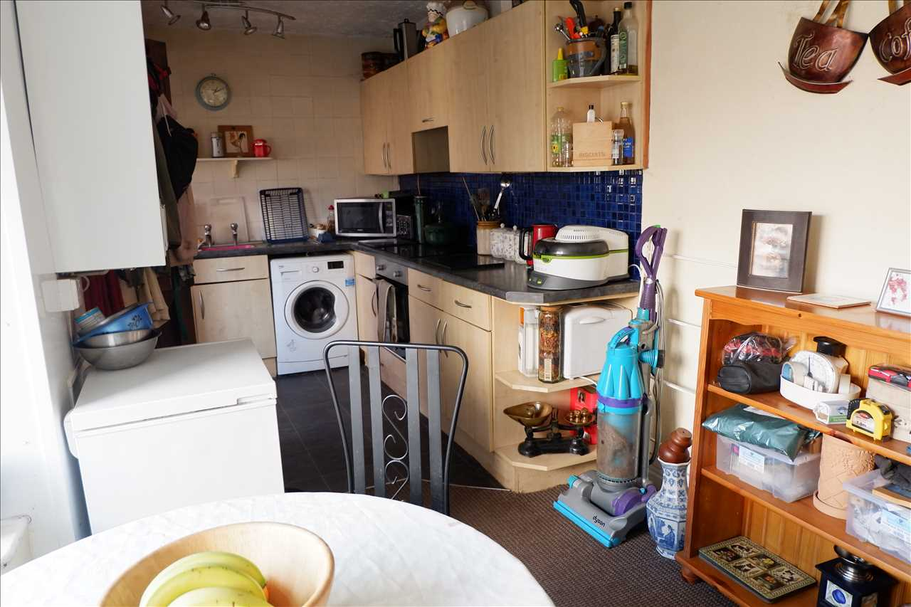 2 bed end of terrace for sale in Chorley Road, Adlington 5