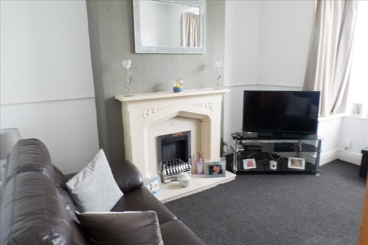 2 bed terraced for sale in Tonge Park Avenue, Bolton 2