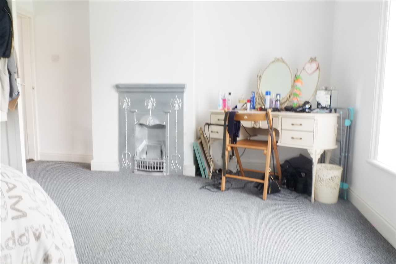 2 bed terraced for sale in Tonge Park Avenue, Bolton 5